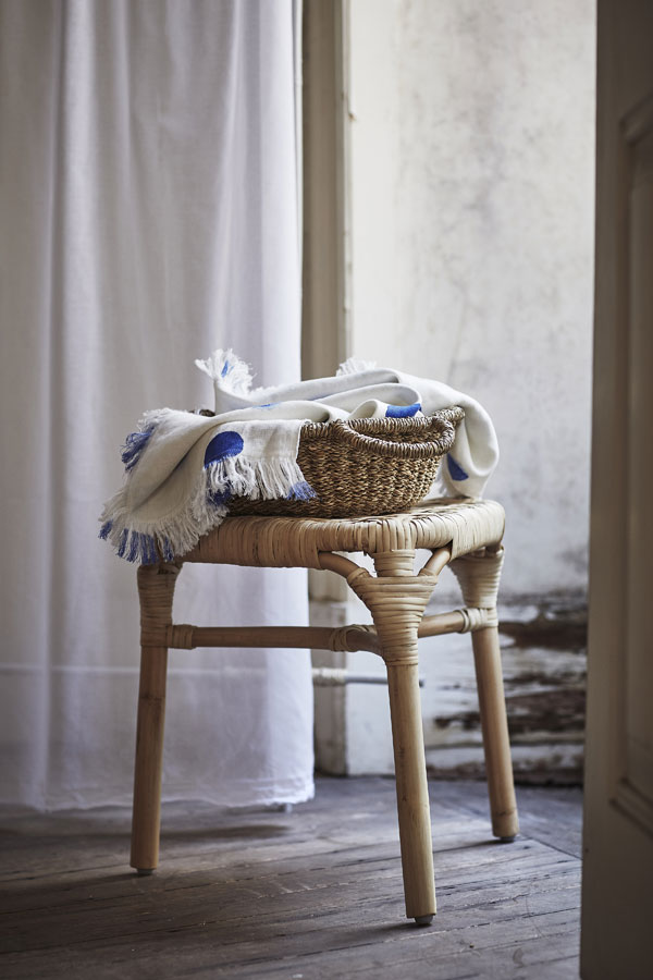 Tankvard rotan kruk met mand van zeegras - via Accessorize your Home